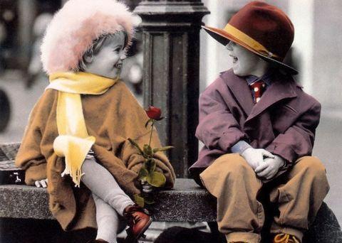 """很多時候,很容易被""""我們很相愛""""感動,慢慢經歷了一些事情,對於相愛這事兒多少存了一點疑心。 如今,倘若一對男女決定在一起 […]"""